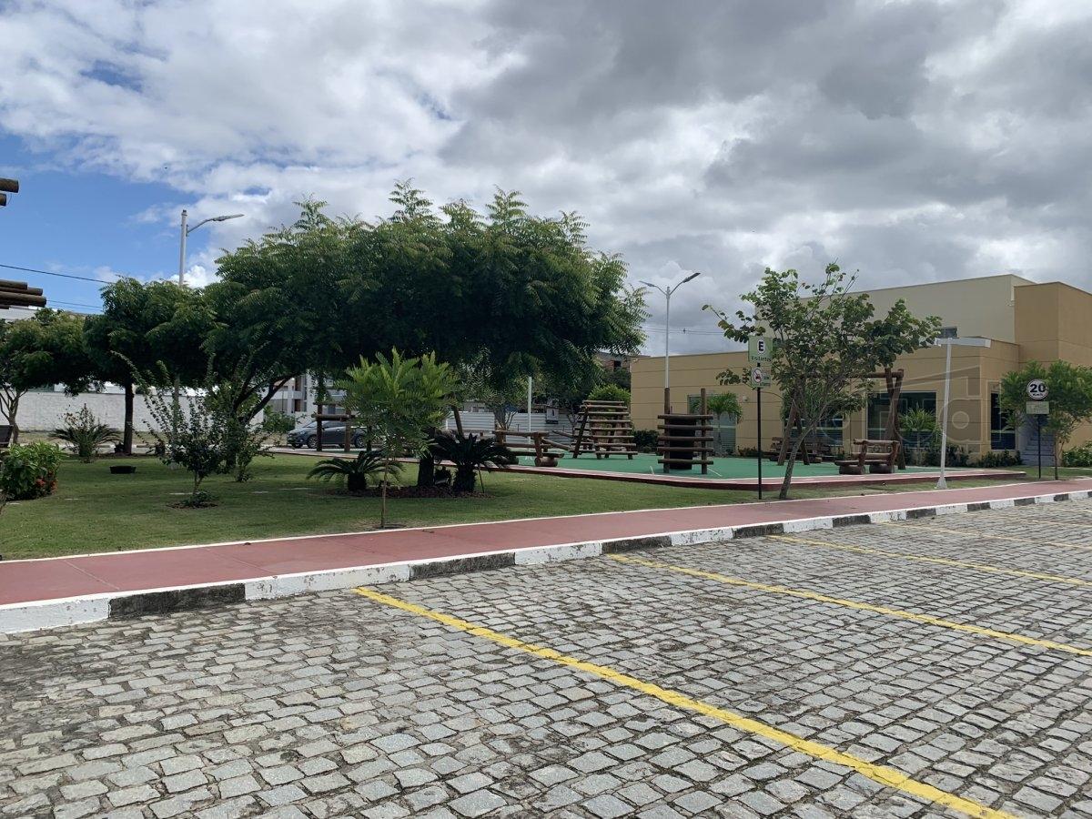 CASA EM CONDOMÍNIO - 11551